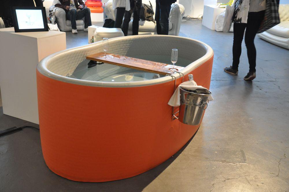 blofield aufblasbarer whirlpool mit champagnerhalter. Black Bedroom Furniture Sets. Home Design Ideas