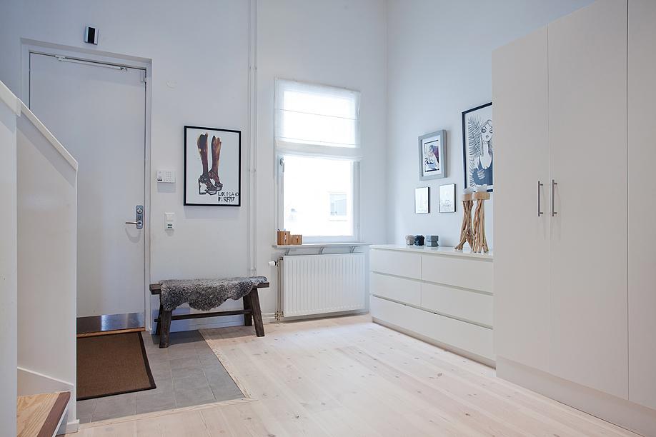 truhenbank wei aldi die neuesten innenarchitekturideen. Black Bedroom Furniture Sets. Home Design Ideas