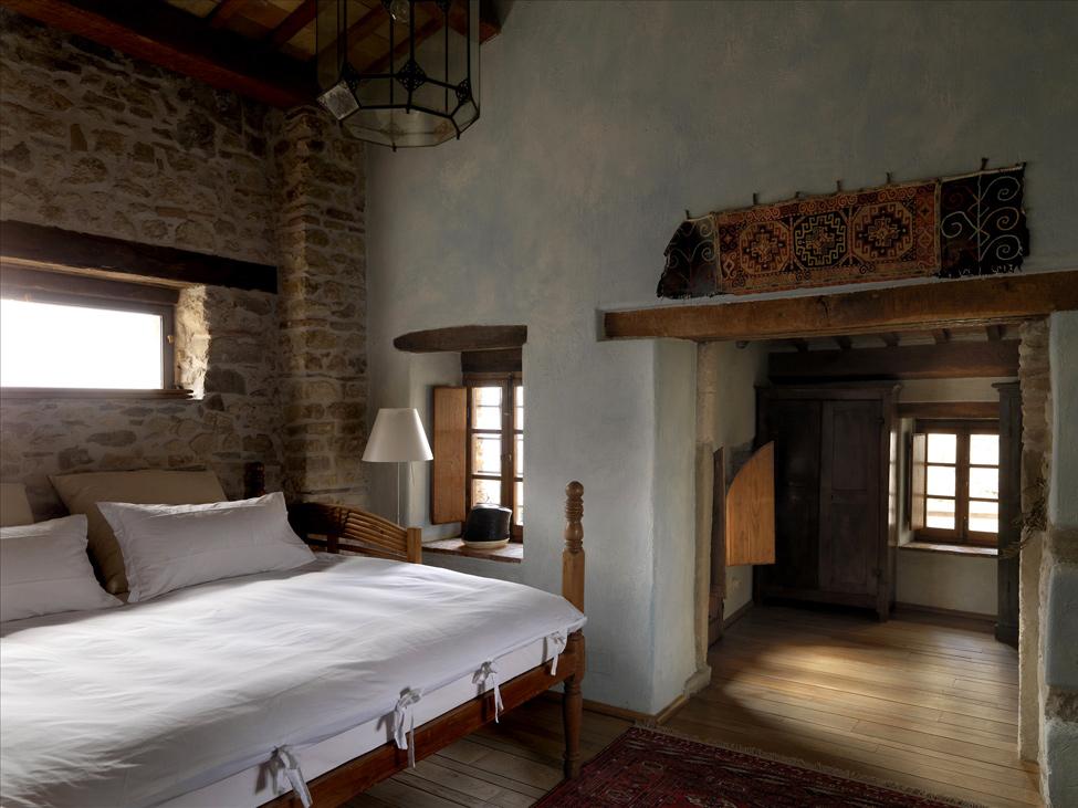 schlafzimmer mediterran einrichten petrella guidi mediterraner schlafzimmer mediterran einrichten - Schlafzimmer Mediterran