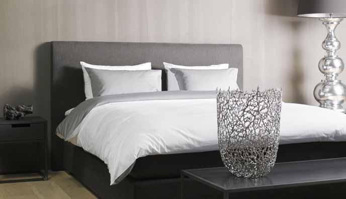 Einrichtungsideen Schlafzimmer: Edles Grau und andere Farben